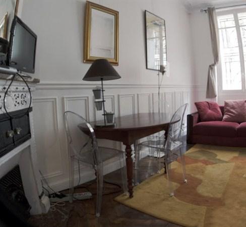 Le saint lazare superbe 2 pi ces situ dans le 8 me - Location appartement meuble paris courte duree pas cher ...