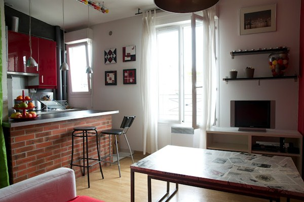 le chemin vert spacieux studio situ dans le 11 me arrondissement p re lachaise my paris. Black Bedroom Furniture Sets. Home Design Ideas