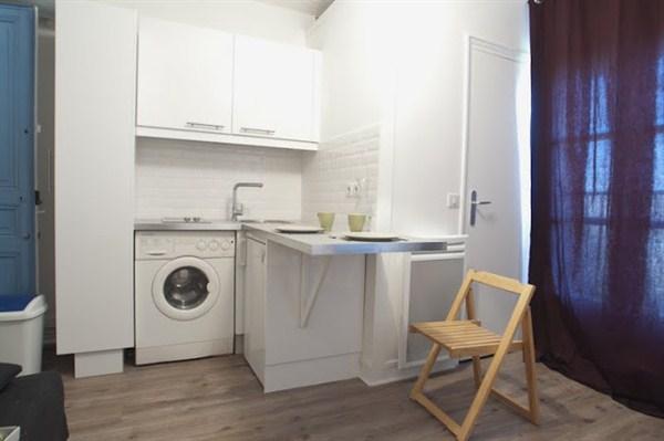 Le pereire studio refait neuf boulevard pereire dans for Location meuble courte duree paris
