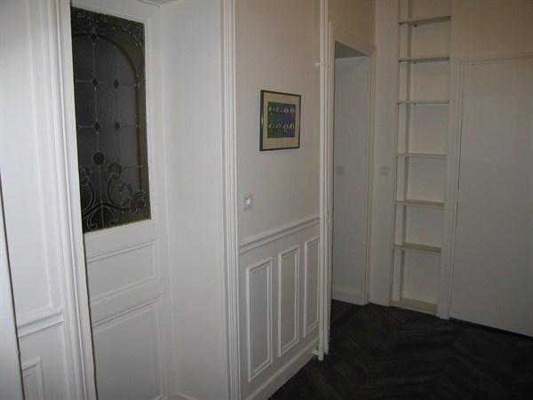 Le saint lazare superbe 2 pi ces situ dans le 8 me - Location meuble paris e arrondissement ...