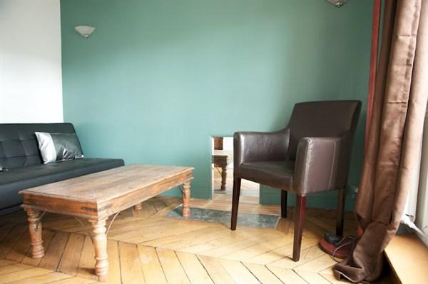 les filles du calvaire 3 pi ces refait neuf avec. Black Bedroom Furniture Sets. Home Design Ideas