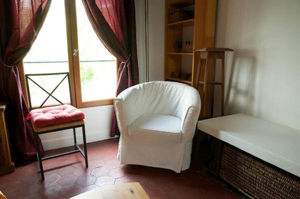 le descartes authentique 2 pi ces pour 3 au pied du panth on paris v my paris agency. Black Bedroom Furniture Sets. Home Design Ideas