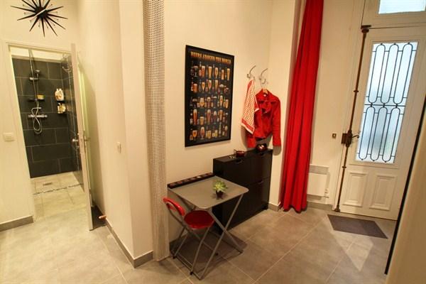L 39 argentine spacieux studio de 35 m deux pas de for Appartement meuble paris long sejour