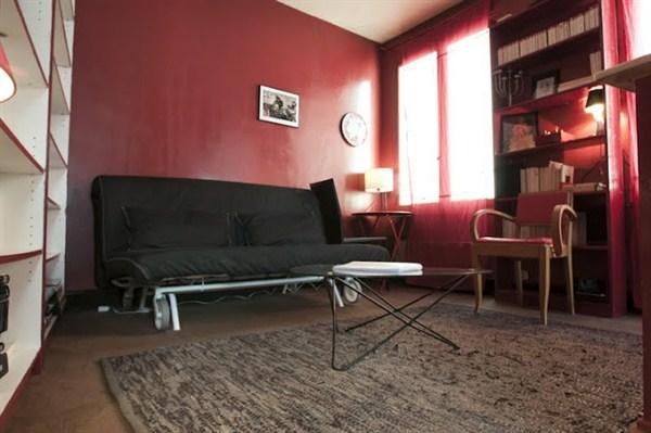 Le rivoli splendide 2 pi ces situ au coeur de la rue de for Location meuble courte duree paris
