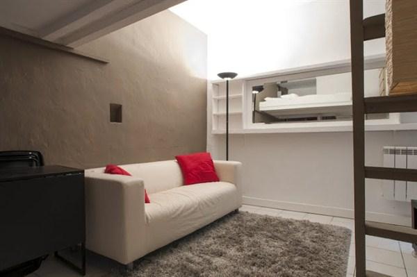 Le bonne nouvelle studio atypique en mezzanine proche for Studio atypique paris