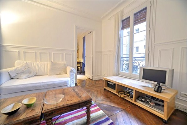 legendre splendide appartement de 2 pi ces rue legendre aux batignolles paris 17 me my paris. Black Bedroom Furniture Sets. Home Design Ideas