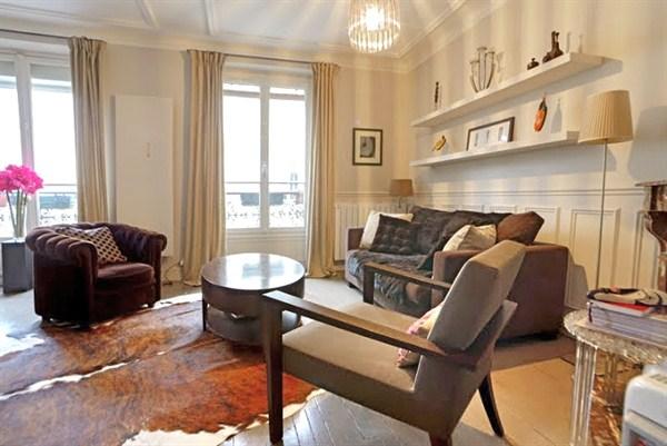 Montbrun appartement louer courte dur e paris porte de for Location meuble courte duree