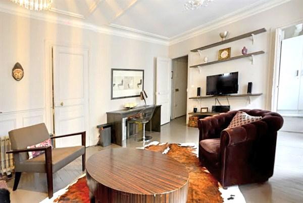 montbrun appartement louer courte dur e paris porte de versailles my paris agency. Black Bedroom Furniture Sets. Home Design Ideas
