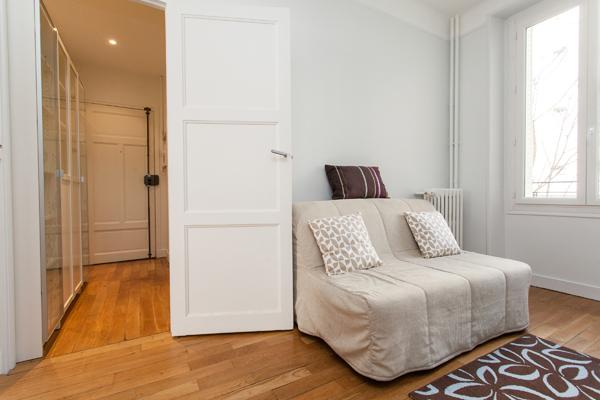 Truffaut splendide appartement de 2 pi ces refait neuf for Appartement meuble paris 17eme