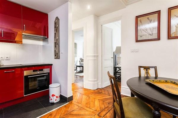 Le georges bel appartement de 3 pi ces pour 4 rue du for Appart hotel paris location au mois