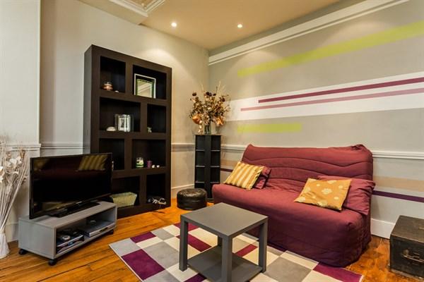 Le delta appartement de 2 pi ces design pour 4 personnes dans le quartier d 39 anvers paris 9 me - Location meublee la reunion ...
