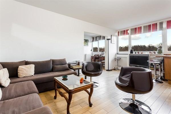Le repos splendide appartement de 2 pi ces pour 4 en face de p re lachaise paris 20 me my - Location meublee la reunion ...