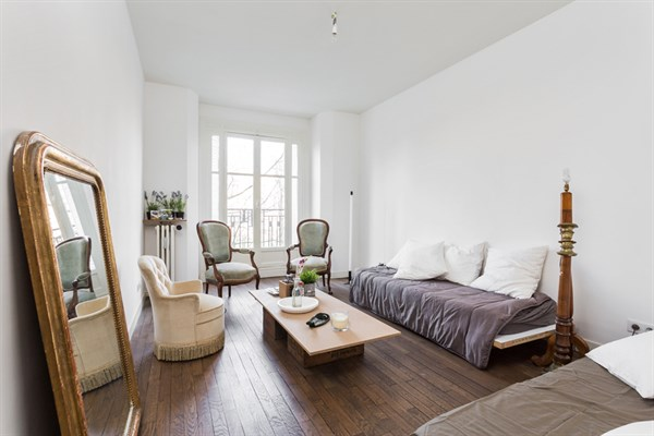 Le congr s superbe appartement de 2 pi ces la d coration raffin e porte maillot paris for Appartement 2 pieces yverdon