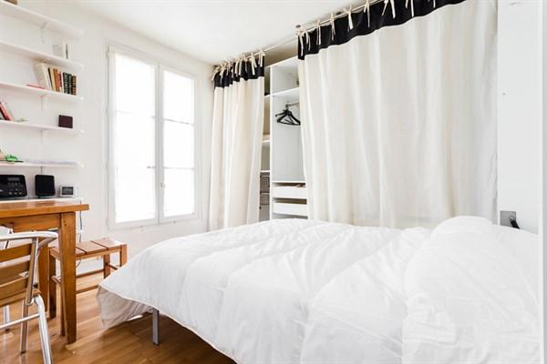 Les batignolles spacieux studio pour 2 au coeur du - Louer son appartement meuble a la semaine ...