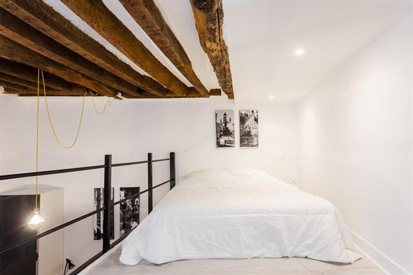 Le marie stuart magnifique appartement de type loft pour - Location meuble paris e arrondissement ...