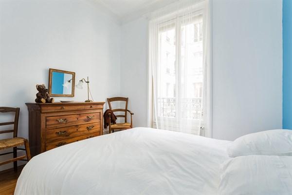 Le vavin superbe appartement de 4 pi ces avec 2 chambres for Les 3 chambres paris