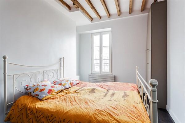 l 39 ambroise 1 superbe appartement de 2 pi ces richard. Black Bedroom Furniture Sets. Home Design Ideas