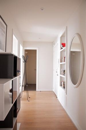 blanche spacieux f2 de standing r nov blanche entre st lazare et montmartre paris 9 me. Black Bedroom Furniture Sets. Home Design Ideas