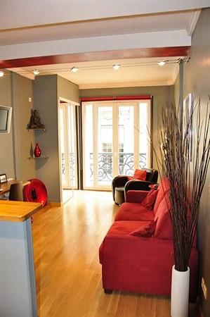 madeleine grand studio louer en courte dur e la madeleine my paris agency. Black Bedroom Furniture Sets. Home Design Ideas