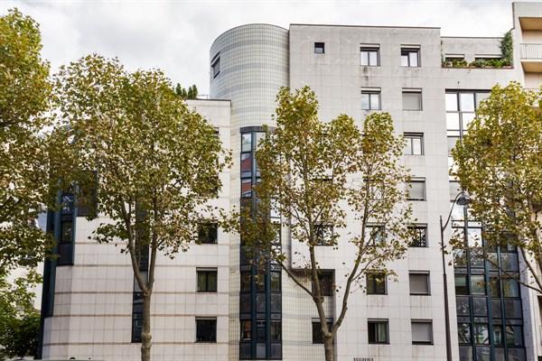 Al sia studio moderne et refait neuf pour 2 deux pas for Garage avenue du maine