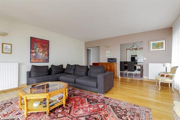 Le d me appartement familial de 2 chambres avec vue - Location appartement paris 2 chambres ...