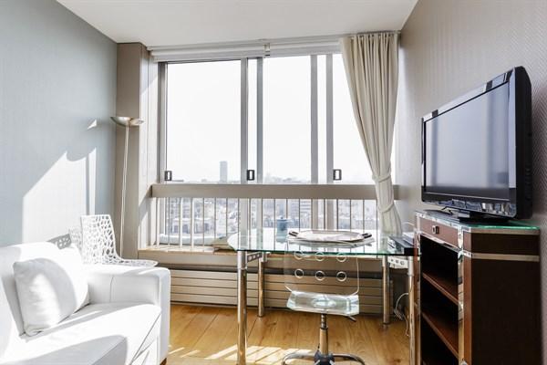 Emeriau studio avec vue panoramique dans un immeuble - Location meublee courte duree ...