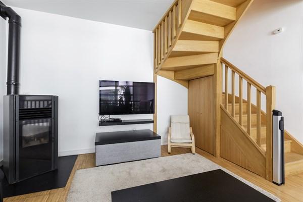 la verri re superbe maison de ville moderne avec 2 chambres louer en courte dur e gentilly. Black Bedroom Furniture Sets. Home Design Ideas