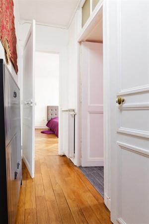 penthi vre splendide appartement de 2 pi ces typiquement. Black Bedroom Furniture Sets. Home Design Ideas