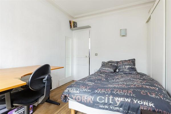 Bel air bel appartement de 2 pi ces avec balcon filant - Location meublee courte duree ...