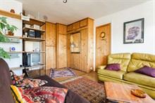 le richard lenoir grand studio meubl pour 4 oberkampf. Black Bedroom Furniture Sets. Home Design Ideas