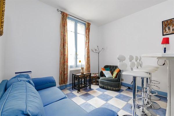 Jonquoy splendido appartamento di 3 stanze con due for Appartamento con 2 camere da letto