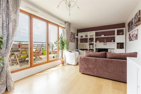 Montrouge moderno ed elegante appartamento per 4 o 6 for Costo ascensore esterno 4 piani