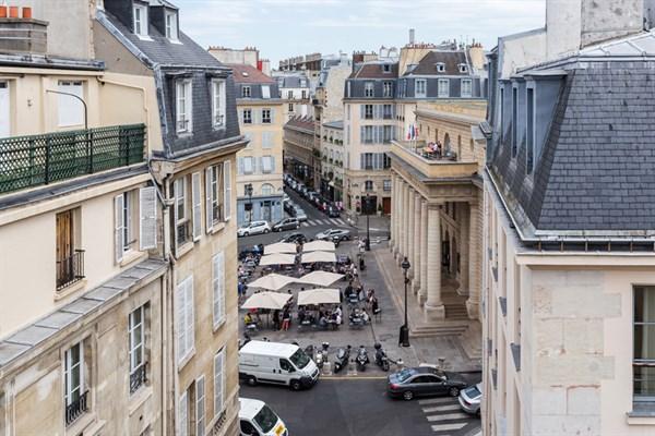 Mabillon splendido appartamento vicino luxembourg for Quartiere moderno parigi