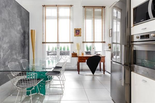haussmann lussuoso appartamento di 2 stanze per 4